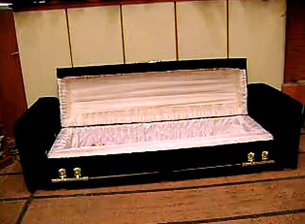 Coffin That Turns Into A Couch Hey It S Your Funeral Video