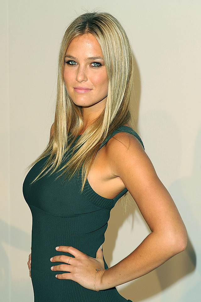 bar refaeli at fashion's night out