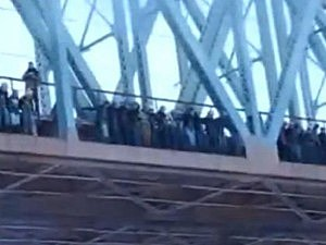 Russians jump off bridge