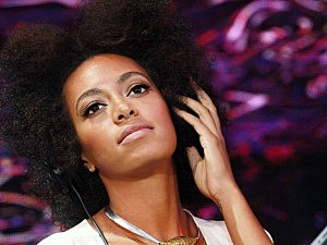 Solange Knowles banana incident