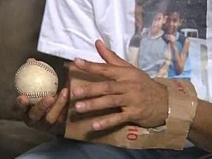 Mariano Rivera Cardboard Glove