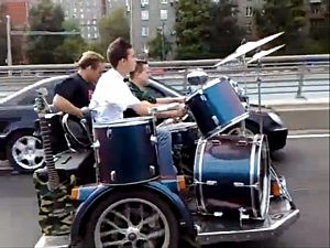 Russian Band on Wheels