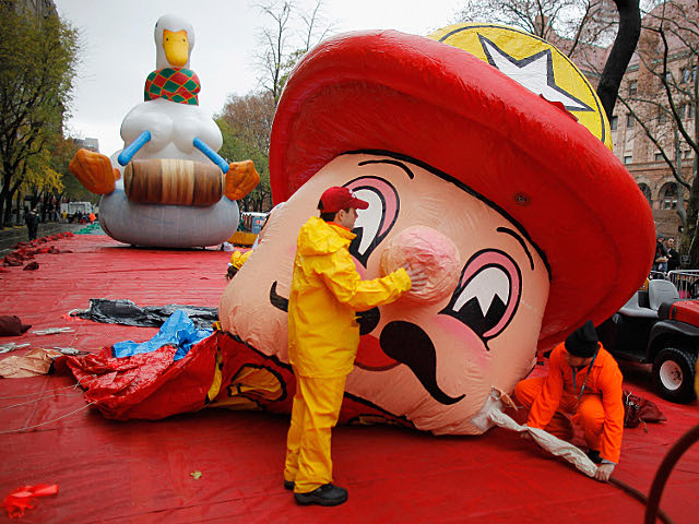 Macy's Parade Balloon inflation