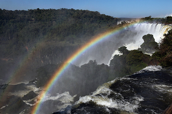 7 wonders of nature Alabama is not lacking in natural beauty here, we explore seven of the state's must-see treasures.
