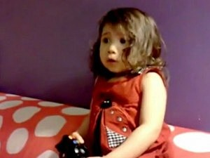 Three-Year-Old Plays 'Elder Scrolls'