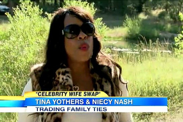 'Celebrity Wife Swap': Niecy Nash and Tina Yothers Video ...