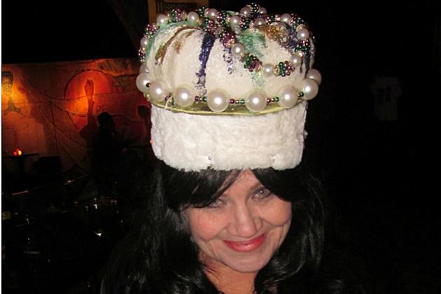 a Mardi Gras king cake hat