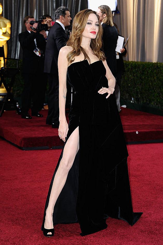 Angelina Jolie leg
