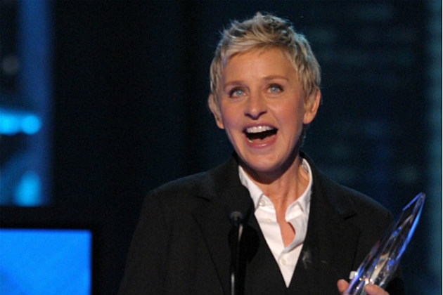 Ellen DeGeneres receiving a People's Choice award