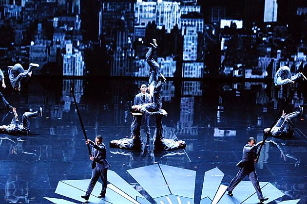 Cirque du Soleil 2012 Oscars performance