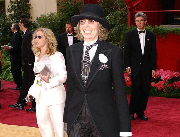 Diane Keaton's weird Oscars dress