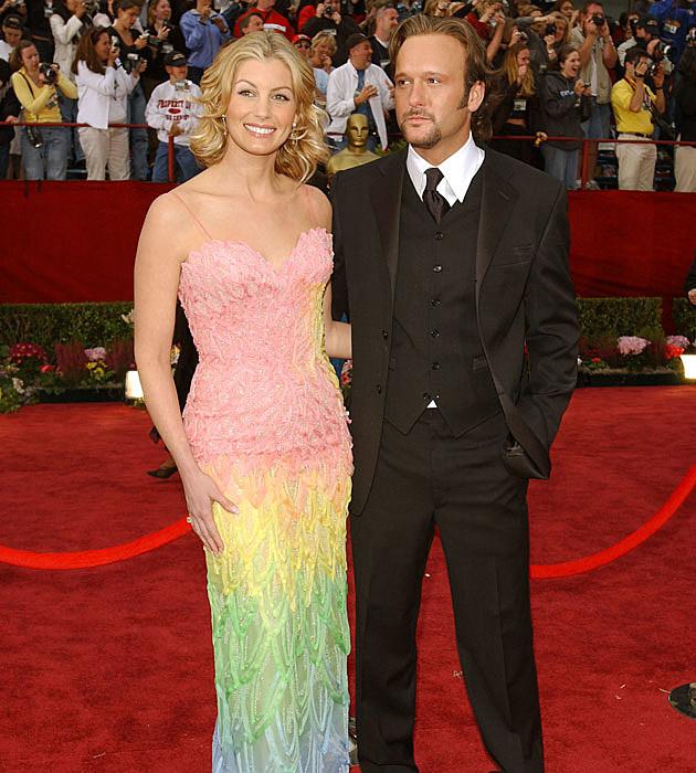 Faith Hill's weird Oscars dress