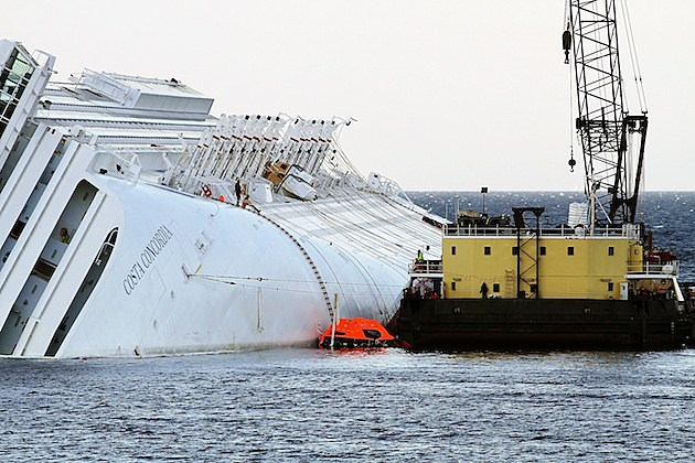 Start of Costa Concordia Defueling Procedures cruise ship sink sunk