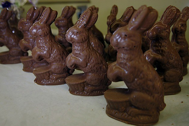 Candy Company Makes Chocolate Easter Bunnies