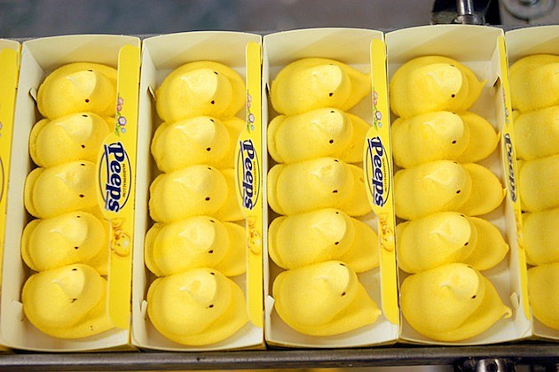 Marshmallow Peeps Production Hits High Gear Before Easter