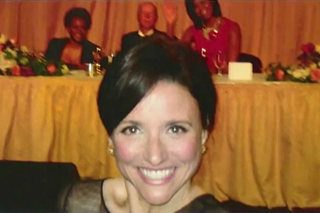 Julia Louis-Dreyfus Photobombs Michelle Obama