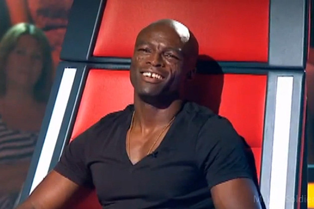 Seal gets really into a performance on 'The Voice'
