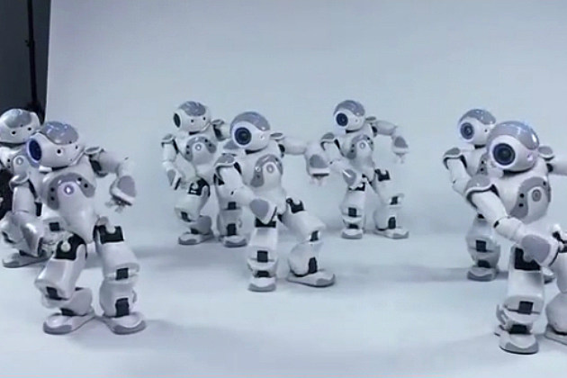 Robots Bust a Move to Michael Jackson's 'Thriller'