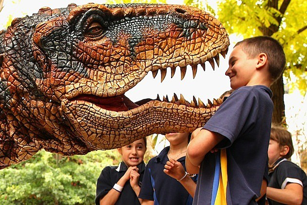 Walking With Dinosaurs Meets Children In Melbourne t-rex tyrannosaurus rex
