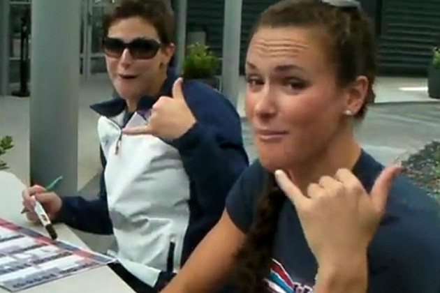 U.S Olympic Swim Team Covers 'Call Me Maybe'