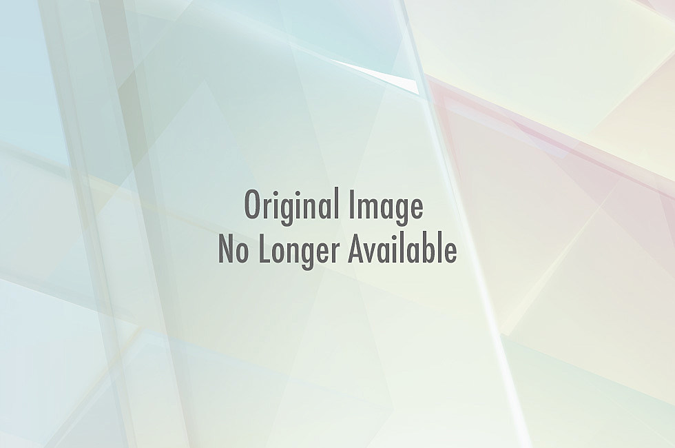 Christian Bale visits Colorado hospital