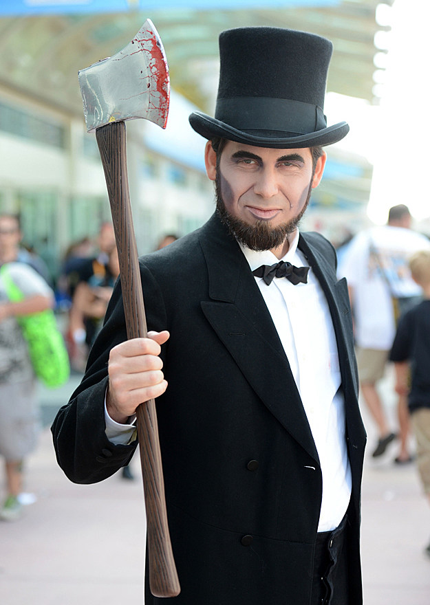Comic-Con 2012 cosplay - Abraham Lincoln: Vampire Hunter