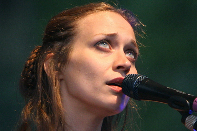 Fiona Apple Cancels South American Tour Because Her Dog is Dying
