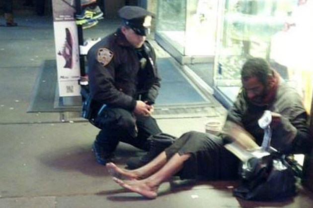 Barefoot Homeless Man in Viral Photo Isn't Really Homeless