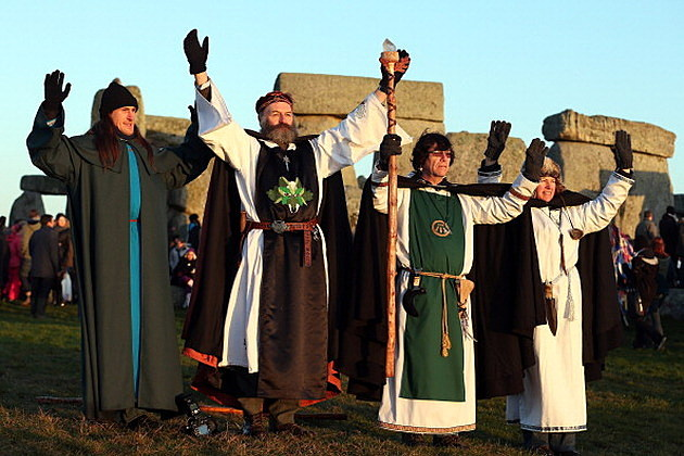 Druids Celebrate the Rising Sun