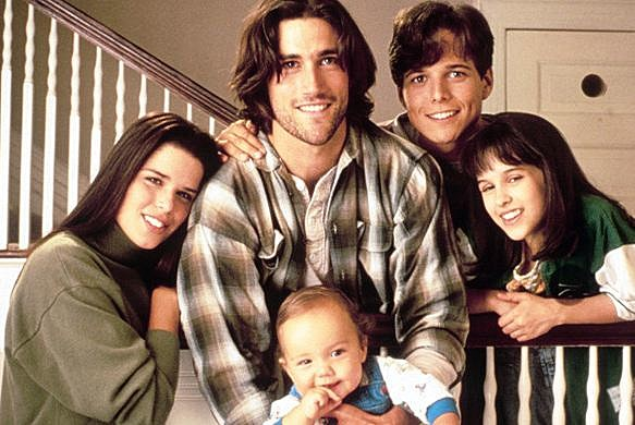 See the Cast of 'Party of Five' Then and Now Tobey Maguire Die