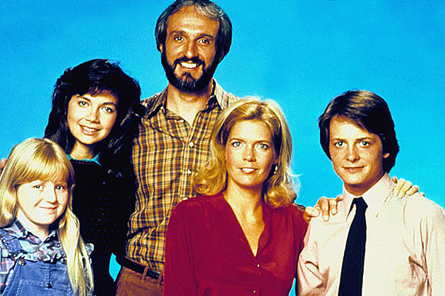 see the cast of family ties then and now
