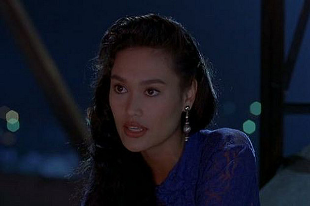TIA CARRERE WAYNE'S WORLD
